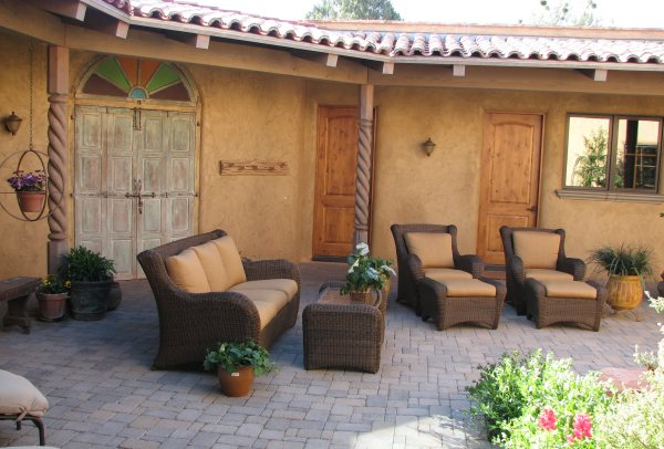 Superieur Courtyard Furniture